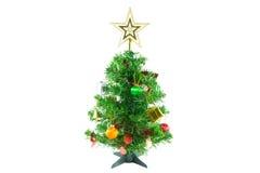 Dekorerad julgran på vit bakgrund Arkivbild