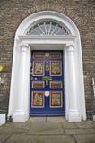 Dekorerad klassisk dörr Royaltyfria Foton