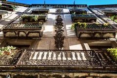 Dekorerade balkonger i Barcelona Fotografering för Bildbyråer