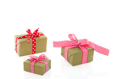 dekorerade gåvor green red Royaltyfria Foton