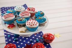 Dekorerade muffin med 4th det juli temat Arkivbilder