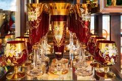 Dekorerat antikt viktorianskt exponeringsglas på skärmen royaltyfria foton
