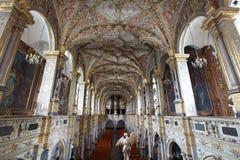 dekorerat skepp för barock kyrka rikt royaltyfri fotografi
