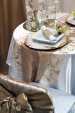 dekorerat tabellbröllop arkivbild