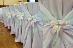 Dekorujący ślubów krzesła Zdjęcie Royalty Free