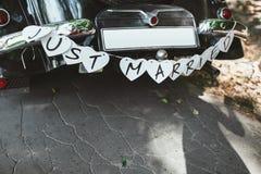 Dekorujący Ślubny samochód Zdjęcia Royalty Free
