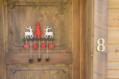 Dekorujący Narciarski drzwiowy szalet fotografia royalty free