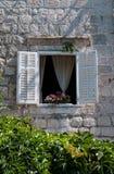 Dekorujący okno który wypięknia dom zdjęcie stock
