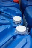 Deksel van blauw chemisch plastiek royalty-vrije stock foto's