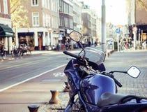 Del av cykelparkering på den europeiska gatan, inget livsstilbegrepp arkivbilder