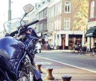 Del av cykelparkering på den europeiska gatan, inget livsstilbegrepp fotografering för bildbyråer