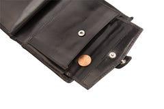 Del av den öppna svarta plånboken med myntet Fotografering för Bildbyråer
