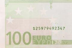 Del av den hundra eurosedeln royaltyfri bild