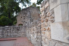 Del av den medeltida slotten Royaltyfri Bild