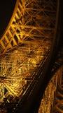 Del av det Eifel tornet på natten Arkivfoton