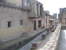 Del av en antik gata av den forntida arkeologiska staden av Ercolano italy arkivbild