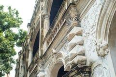 Del av en byggnad för västra och kinesisk stil Arkivbild