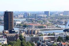 Del av Erasmus Bridge i Rotterdam, Nederländerna Arkivbild