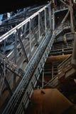 Del av gammal tryckvågpannautrustning av den metallurgical växten Arkivbilder