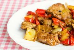 Del av grillade meat och peppar Arkivfoto