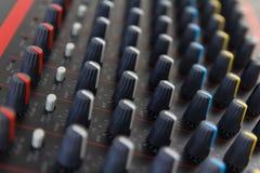 Del av kontroll en ljudsignal solid blandare Royaltyfri Bild
