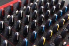 Del av kontroll en ljudsignal solid blandare Royaltyfria Foton