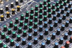 Del av kontroll en ljudsignal solid blandare Arkivfoton