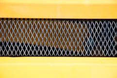 Del av skyddsgallret av bilen arkivfoto
