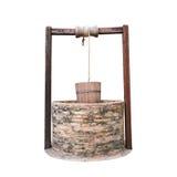 Del cinese tradizionale pozzo d'acqua con la puleggia ed il secchio ha isolato la o Fotografie Stock Libere da Diritti