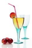 Del cocktail vita ancora con vetro colorato Fotografia Stock