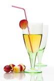 Del cocktail vita ancora con vetro colorato Fotografie Stock Libere da Diritti