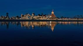 Del Coronado dell'hotel con l'esposizione della luce di Natale Immagine Stock