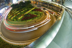 Del cruce giratorio del tráfico centro de la ciudad adentro de Hong-Kong Foto de archivo