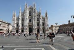 del duomo milan piazza Royaltyfri Bild