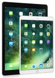 Del iPad a 12,9 pollici del iPad nero pro pro a 10,5 pollici e bianco su fondo bianco Immagini Stock Libere da Diritti