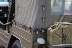 Del jeep del camino en la parte posterior Imágenes de archivo libres de regalías