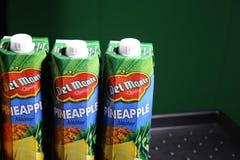 Del Monte-sap het beroemdste merk voor ananassen! stock foto's