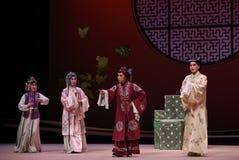 """ del oeste de Chamber†del """"the de la ópera de la decisión-Kunqu de la señora mayor fotografía de archivo libre de regalías"""