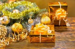 Del oro todavía de la Navidad vida elegante colorida Imagen de archivo libre de regalías