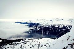 Del pico de la montaña Fotos de archivo