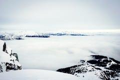 Del pico de la montaña Foto de archivo libre de regalías