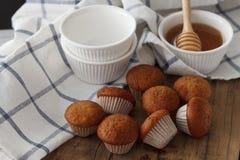 Del plátano de la torta y de la miel de los pasteles todavía del postre primer dulce de la vida Imagenes de archivo