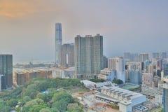 Del puerto de Kowloon ciudad lateral abajo en Hong Kong Imagen de archivo libre de regalías