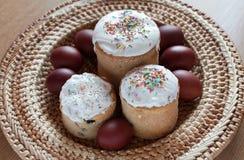 Del ruso todavía de Pascua vida con la torta Fotografía de archivo
