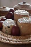 Del ruso todavía de Pascua vida con la torta Imagen de archivo