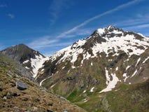 Del Saber Valley di Punta di GistaÃn pyrenees spain L'Aragona fotografia stock libera da diritti