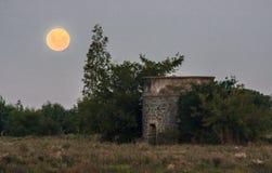Del Sacramento Uruguay de Colonia del claro de luna Foto de archivo libre de regalías