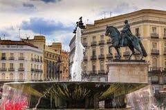 Del Sol Plaza Square Fountain Madrid Spagna di Puerta Fotografie Stock