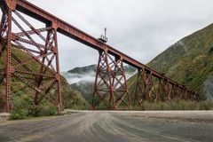 Del Toro Del Toro Viaduct Tren de las Nubes Railway di Viaducto - del Toro, Salta, Argentina di Quebrada immagini stock