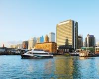 Del traghetto di navigazione porto di Auckland fuori fotografia stock